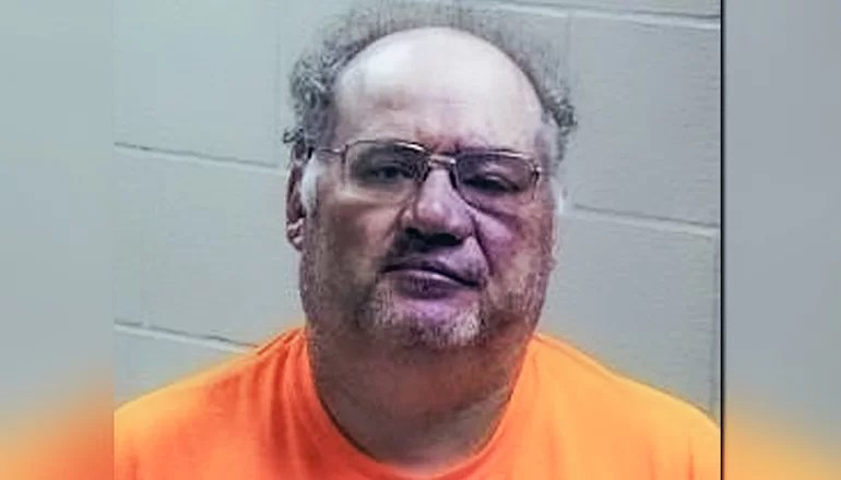 Southern Iowa man charged with attempted murder after using tractor to spear sheriff's car